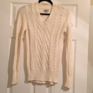 Guess, Women's sweater, size Medium